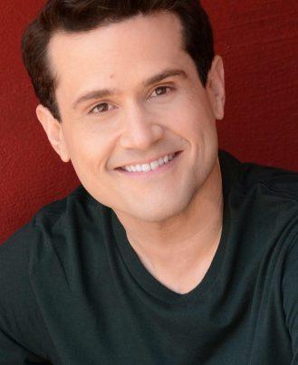 Luis R Hernandez